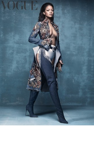 Rihanna-British-Vogue-META---for-online-use-exclusive-do-NOT-reuse-b_592x888