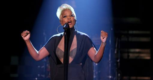 mary-j-blige-performs-fallon-powerful-2017-watch-c8f064ed-4a4e-4392-a959-d88393317254